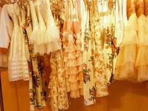 dresses,closet,clothes,vintage-31ebf44fa4fd495e60dc1f9c3f570a66_h_large